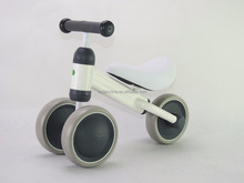 2017 new design alloy mini balance bike tricycle