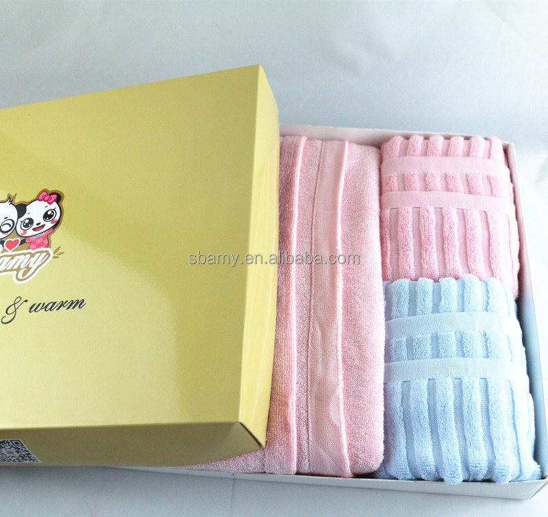 Sbamy wholesale 100% pure bamboo heavy bath baby hooded towel 70x140 , super soft and comfortable .465g pink and blue set
