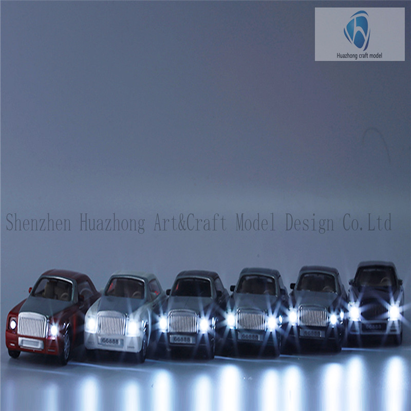 1: 50 Scaled Plastic diecast Model light Car