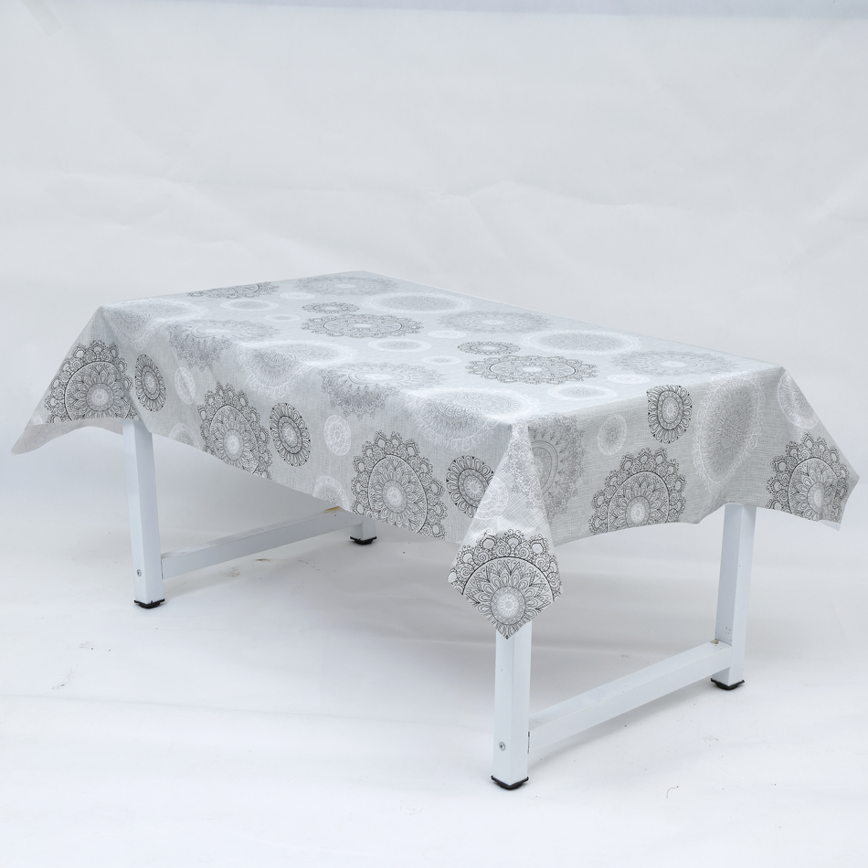 China new design printed cheap pvc table cloth for banquet and home