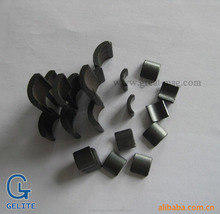TILE SHAPE AND PERMANENT TYPE SINTERED FERRITE MAGNETS