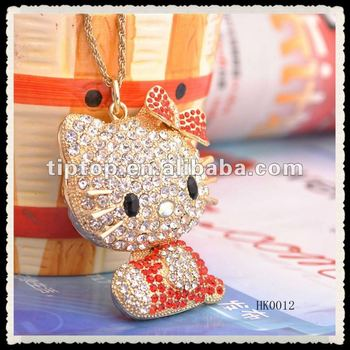 Hello Kitty necklace charm