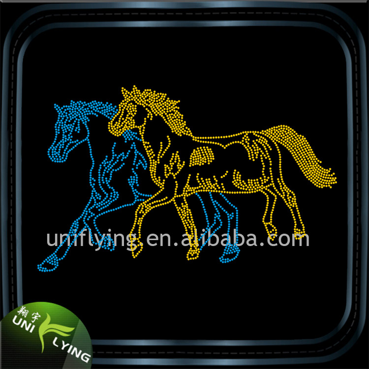 Wholesale Korean Hotfix Rhinestones Bling Running Horse Rhinestone Crystal Transfers Design