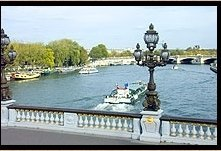 travel service -Dining and Crusing on the Seine (Semi-Private Tour)