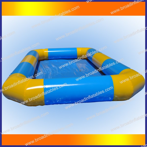 Durable 0.9mm tarpaulin heated inflatable swimming pool singapore