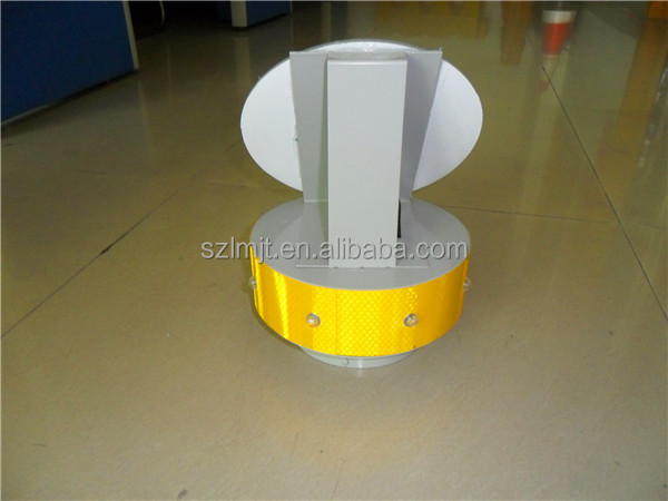 Original design solar road marker for 140mm width column solar powered traffic light
