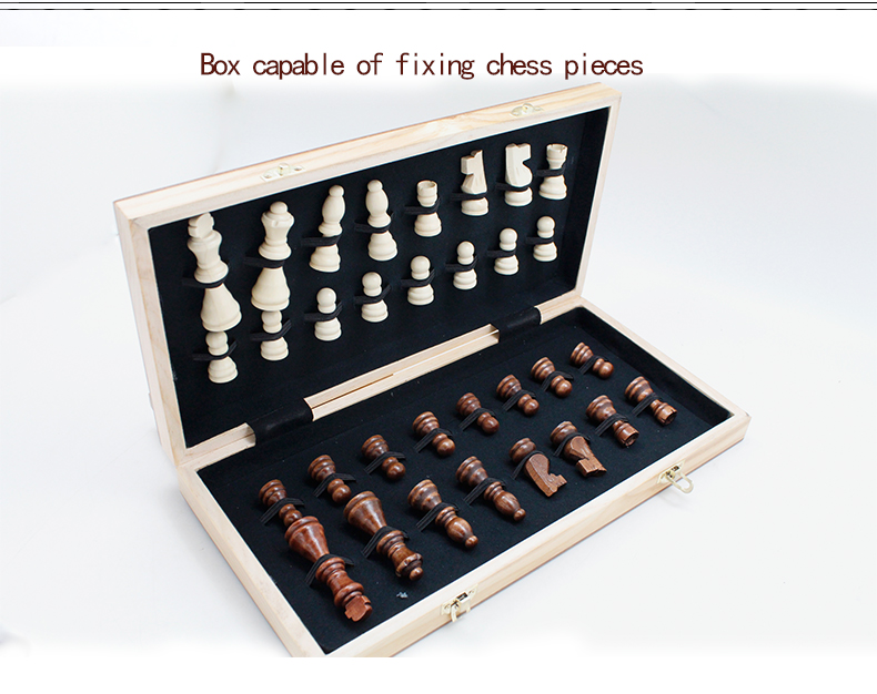 20 years factory FSC  hot wooden chess games set  Folding chess board