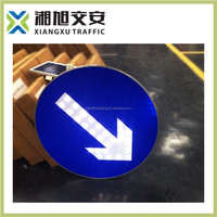 specialized manufacture road traffic safety flashing solar warning lamp traffic signal board