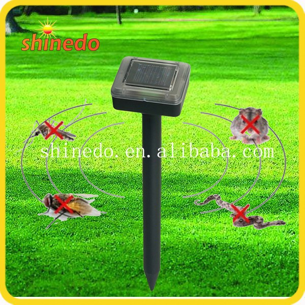 100% weatherproof ultrasonic tick housefly solar repeller