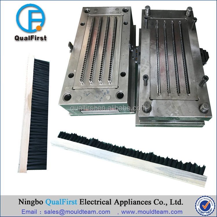 Plastic injection mold for brush stick