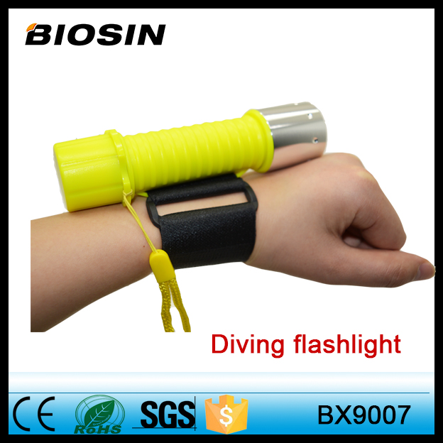 3W Rechargeable Powerful LED Diving Flashlight