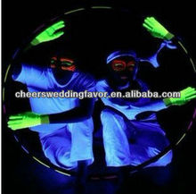 Fluorescent gloves glowing in the dark / Magic gloves (green color)