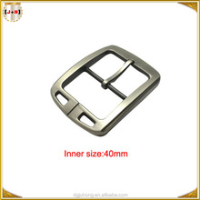 Inner Size 40mm Adjustable Metal Buckle with Center Bar