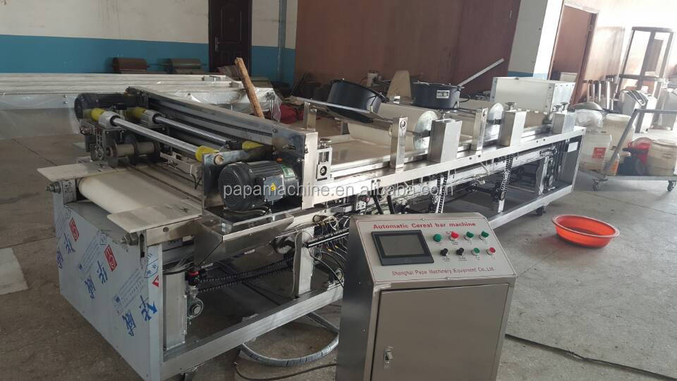 2017 newest Fan cooling cereal bar cutting machine