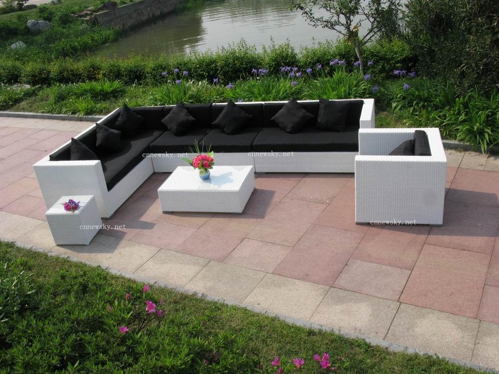 Canapé Exterieur Resine: Salon de jardin table et chaise mobilier ...