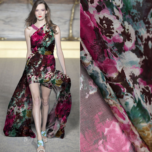 Professional factory supply high-end fashion clothing material printed chiffon fabric