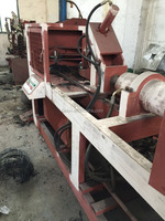 SCRAP TYRE RUBBER POWDER MAKING MACHINE / CAR TRUCK TYRE MAKING MACHINE