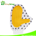 Massage Pet Grooming Brush Gloves, Rubber Brush Glove with Polyester fiber