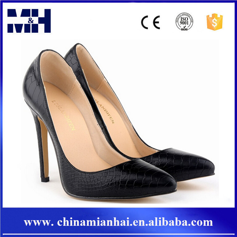 2016 Europen Pumps Stiletto Pointed Toe Snake Women Shoes Sexy High <strong>Heels</strong>