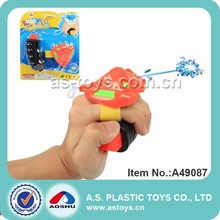 kids summer favorite super beach toys plastic arm wrist water gun with high quality