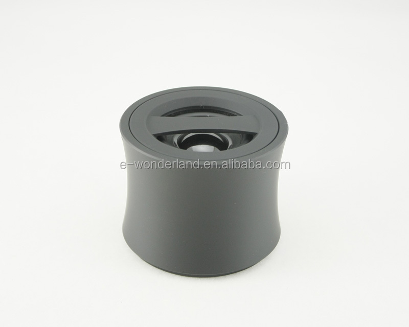 Hands free voice talk function wireless bluetooth speaker