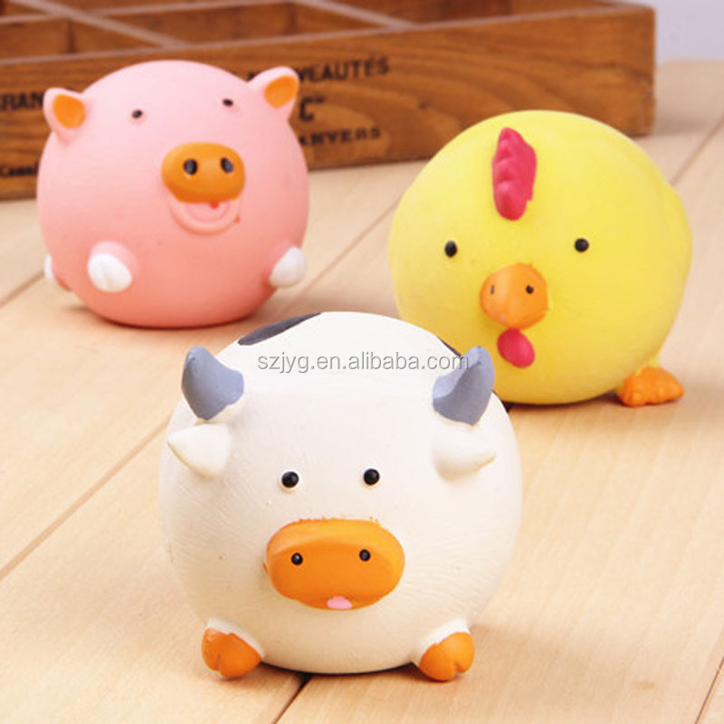 Soft Rubber Animal Bauble Squeeze Pig Toy Cartoon Plastic Pig with Sound