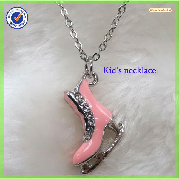 "Hot ice hockey charms necklace with ""o"" chain#17104-1"