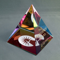 Color plated crystal pyramid 3d pyramid crystal paperweight