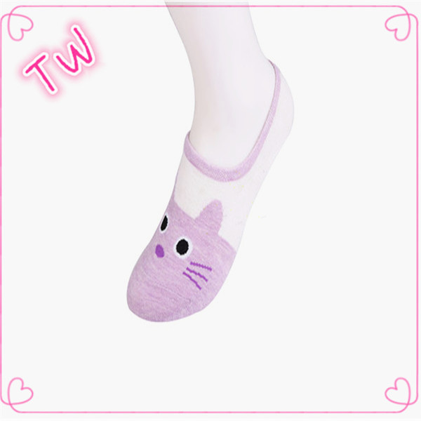 High Quality make your own socks cheap Wholesale women spring Autumn eco-friendly cartoon cotton ankle socks free samples