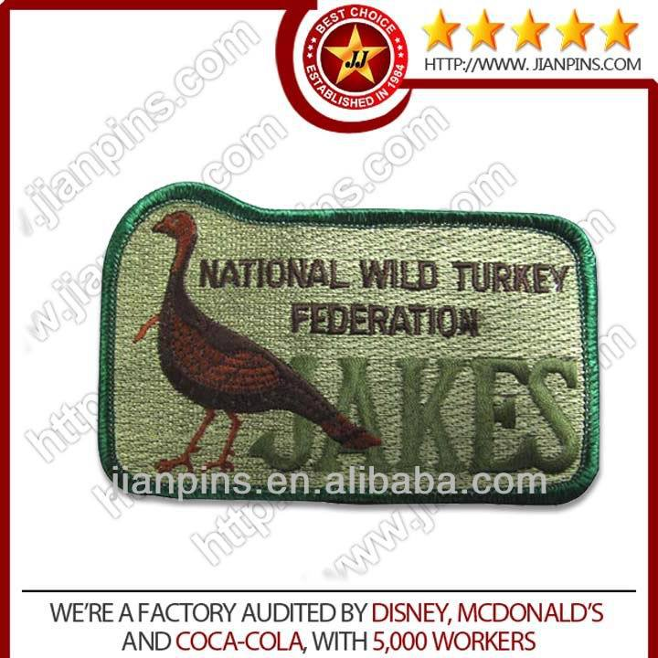 Best selling custom clothing labels embroidery
