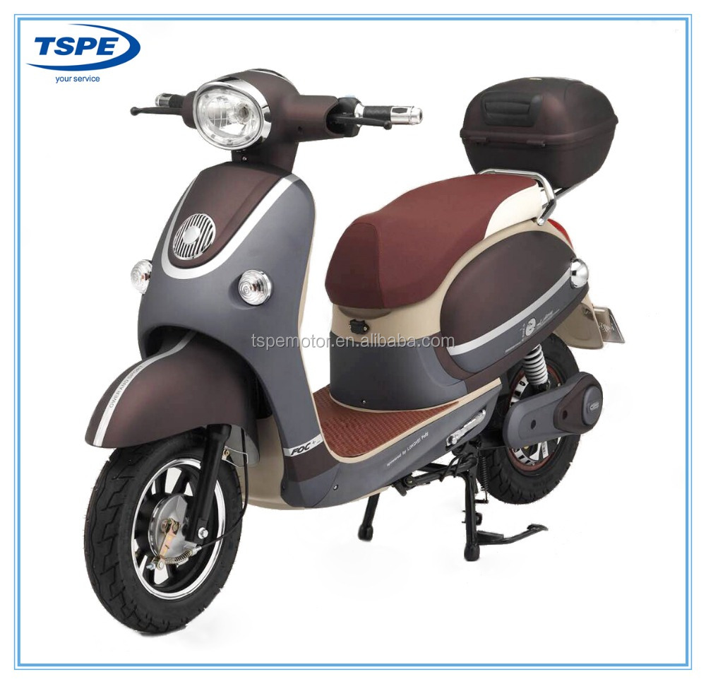 600W electric scooter high quality in CKD