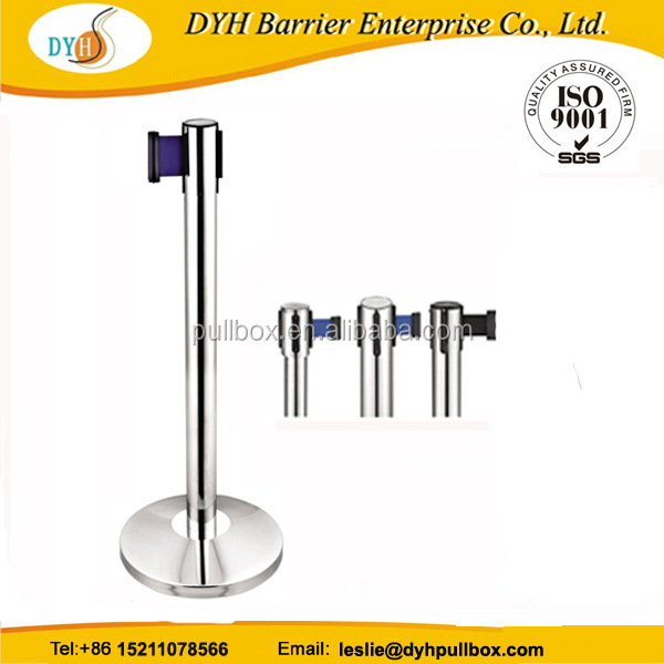 Quality assured professional 2 meter retractable barrier stand