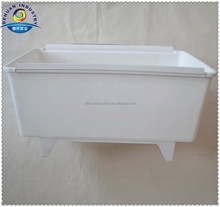 12.3 Liter Bato Plastic Trough With Foot