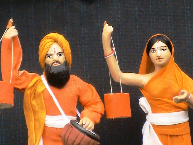 Clay Doll- Indian Baul Couple (Folk Singers)