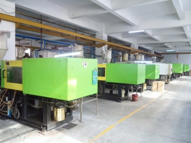 Plastic Injection Molding Line 2