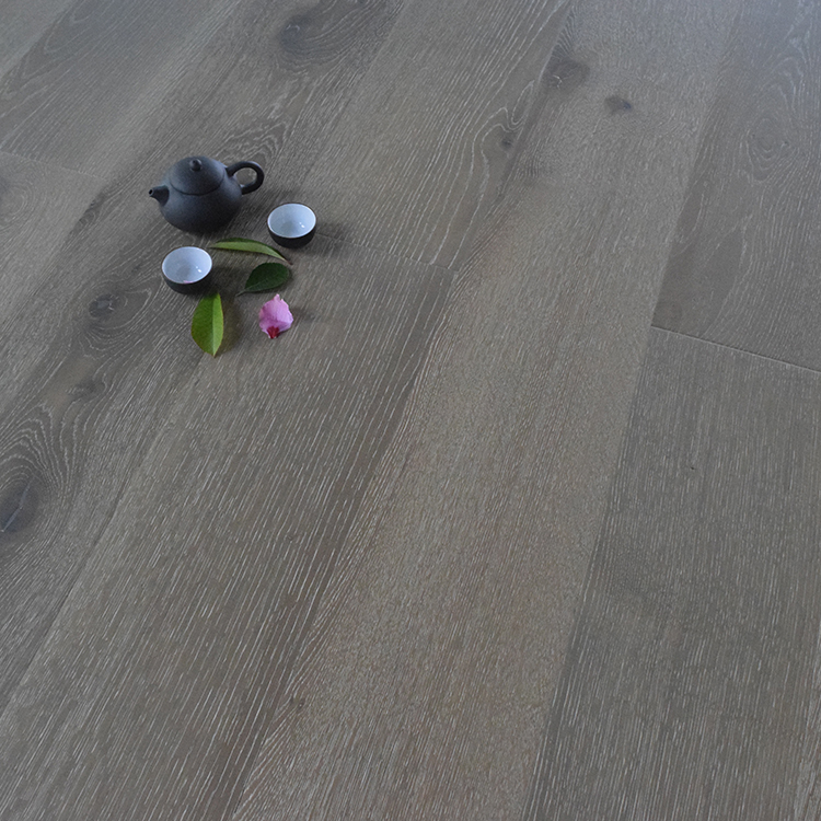 National Standard UV Resistance Oak Hardwood Wooden Flooring Solid