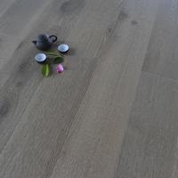 National Standard UV Resistance Oak Hardwood Wooden Flooring Solid