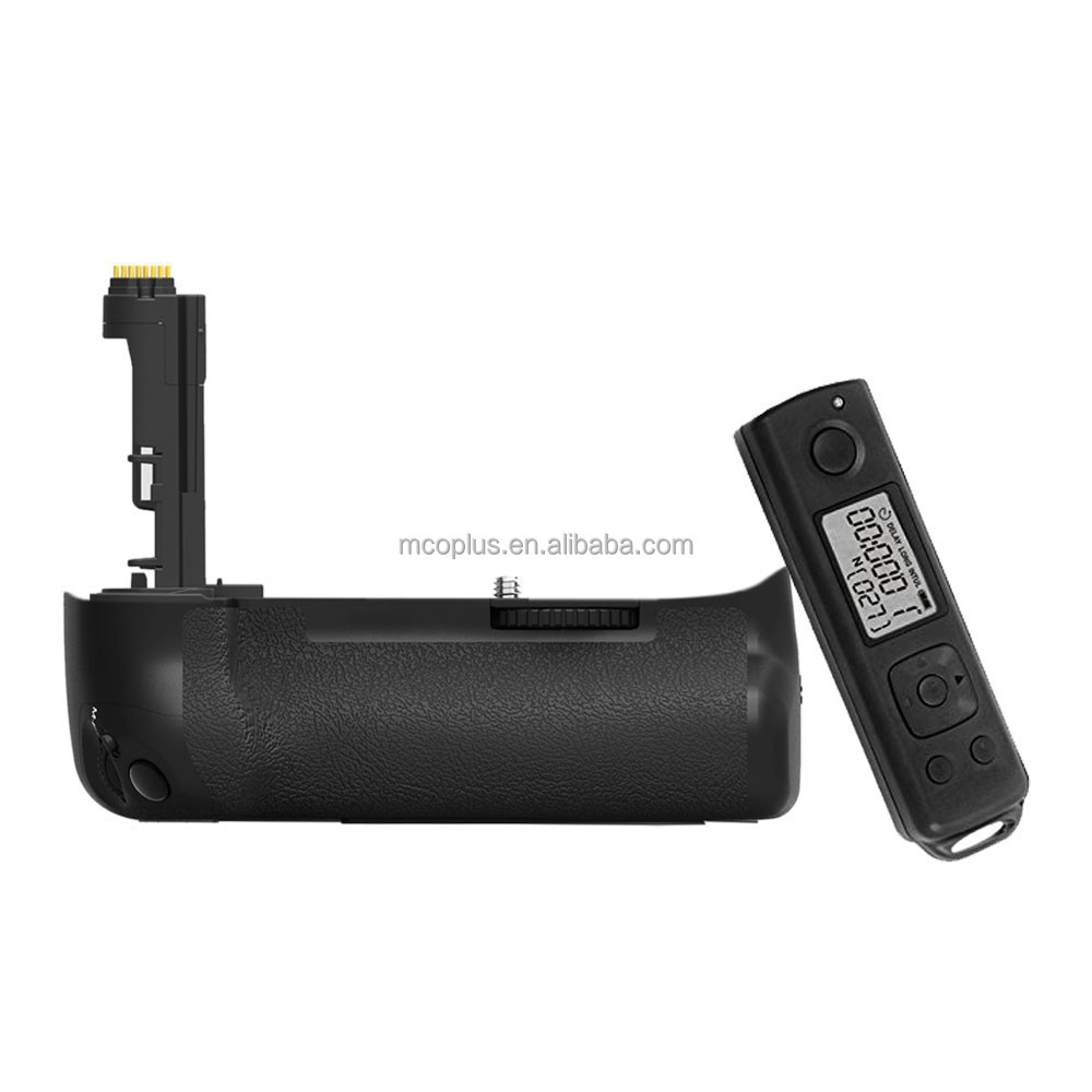 Mcoplus Professional DSLR Camera Battery Grip for Canon EOS 7D Mark II