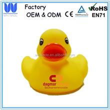 Classic yellow duck bulk vinyl rubber duck with logo print