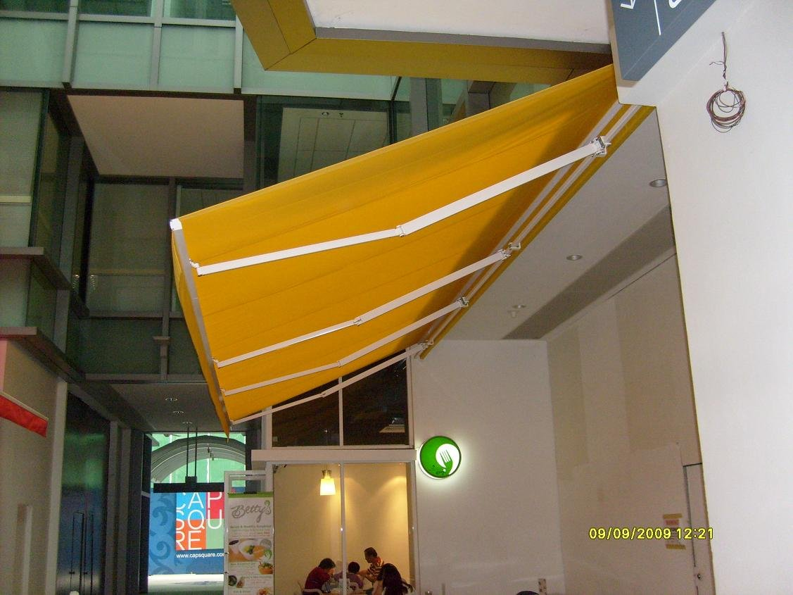Motorised Retractable Awnings/Parasols