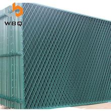 China Galvanized Welded Wire Mesh Square Hole Fence Factory