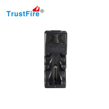 factory Wholesale TustFire TR-005 li ion 26650 battery charger for one battery lithium battery 25500,26650,26700,18650,16340