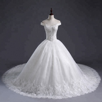 2018 Luxurious beaded crystal lace  Wedding Dress off Shoulder long tail Sexy Bridal Dress Wedding Gown for Ladies