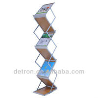 realistic type portable display shelves