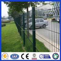Anping Deming Factory Direct Sales Dark Green PVC/PE Coated Galvanized Wire Mesh Fence For Road Side With Square Post