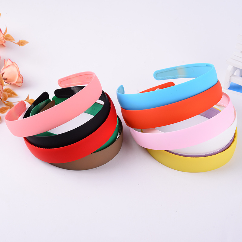 QUEENA 25mm Blank Plastic <strong>Headbands</strong> With Teeth Solid Candy Color &amp; white &amp; Black hairbands ,headwear