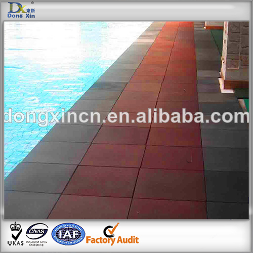Colored rubber tile