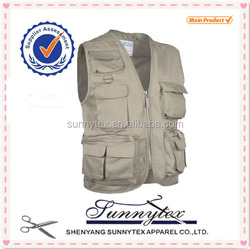 Fishing Vest Made of 65/35 or T-C Material with Functional Pockets