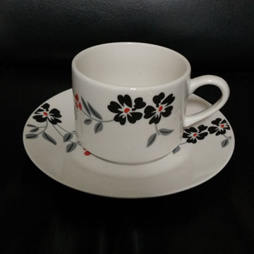 British Style Colored Remarkable Afternoon Teacups / Victorian Fine Bone Porcelain Cups and Saucers Wholesale