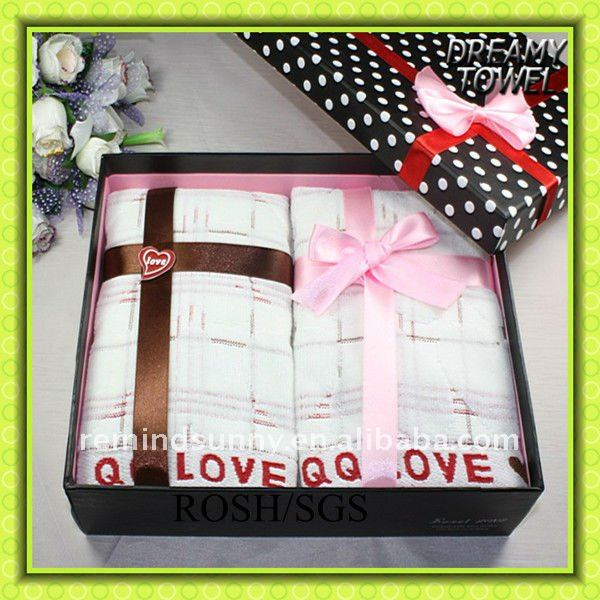 QQ Love cake towel gift mini christmas cake